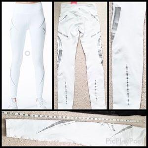 Vimmia Flux Legging, White SZ.S, NWT